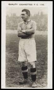 15 marca 1947 - Neil McBain najstarszy piłkarz na boisku